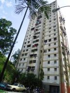 Apartamento En Ventaen Caracas, Caricuao, Venezuela, VE RAH: 17-1868