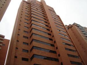 Apartamento En Venta En Valencia, La Trigaleña, Venezuela, VE RAH: 17-1900