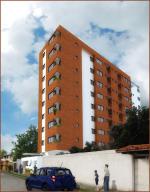 Apartamento En Venta En Maracay, Los Caobos, Venezuela, VE RAH: 17-1907