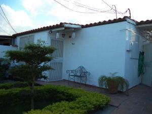 Casa En Venta En Cabudare, Valle Hondo, Venezuela, VE RAH: 17-1917