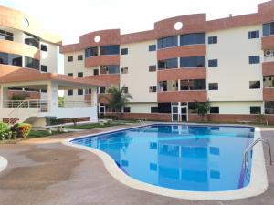 Apartamento En Ventaen Higuerote, Higuerote, Venezuela, VE RAH: 17-1951