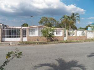 Casa En Ventaen Municipio Libertador, El Molino, Venezuela, VE RAH: 17-1926