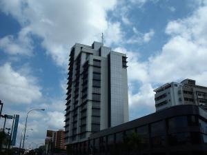 Oficina En Alquiler En Barquisimeto, Parroquia Santa Rosa, Venezuela, VE RAH: 17-1946