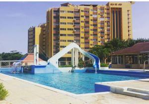 Apartamento En Venta En Rio Chico, Los Canales De Rio Chico, Venezuela, VE RAH: 17-2391
