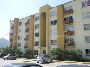 Apartamento En Ventaen Municipio San Diego, Valles Del Nogal, Venezuela, VE RAH: 17-1980