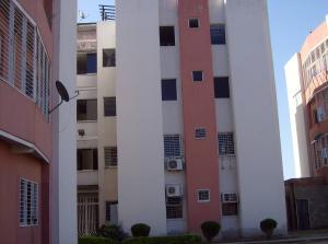 Apartamento En Venta En Turmero, Conjunto Residencial Los Angeles, Venezuela, VE RAH: 17-1973