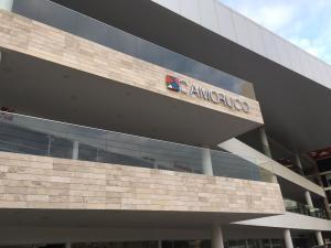 Oficina En Venta En Maracaibo, Colonia Bella Vista, Venezuela, VE RAH: 17-1987