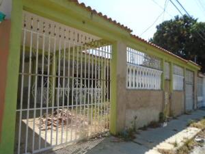 Casa En Venta En Guacara, Ciudad Alianza, Venezuela, VE RAH: 16-3613
