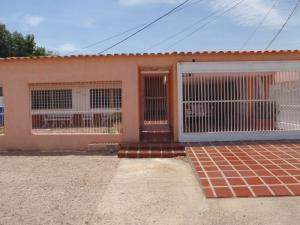 Casa En Ventaen Punto Fijo, Puerta Maraven, Venezuela, VE RAH: 17-1993