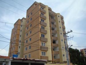 Apartamento En Venta En Valencia, Agua Blanca, Venezuela, VE RAH: 17-2029