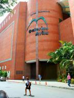 Local Comercial En Venta En Caracas, San Bernardino, Venezuela, VE RAH: 17-2031