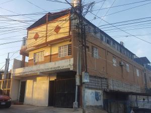 Apartamento En Venta En Maracaibo, Primero De Mayo, Venezuela, VE RAH: 17-2917