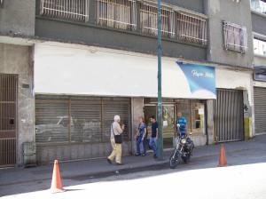 Local Comercial En Venta En Caracas, Parroquia La Candelaria, Venezuela, VE RAH: 17-2086