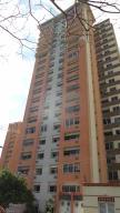 Apartamento En Venta En Valencia, Las Chimeneas, Venezuela, VE RAH: 17-2064