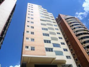 Apartamento En Venta En Valencia, El Parral, Venezuela, VE RAH: 17-2060
