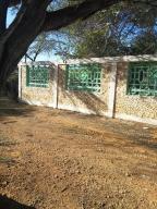 Terreno En Venta En Punto Fijo, Santa Elena, Venezuela, VE RAH: 17-2065