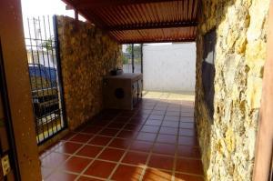Casa En Venta En Punto Fijo, Los Taques, Venezuela, VE RAH: 17-2075
