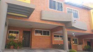 Townhouse En Venta En Municipio Naguanagua, Maã±Ongo, Venezuela, VE RAH: 17-2094