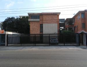 Apartamento En Venta En Maracaibo, La Estrella, Venezuela, VE RAH: 17-2096