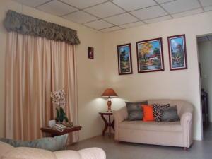 Casa En Venta En Ciudad Ojeda, La 'l', Venezuela, VE RAH: 17-2322