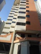 Apartamento En Venta En Valencia, La Trigaleña, Venezuela, VE RAH: 17-2157
