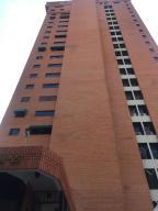 Apartamento En Venta En Valencia, El Parral, Venezuela, VE RAH: 17-2152