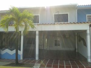 Townhouse En Venta En Ciudad Ojeda, Tamare, Venezuela, VE RAH: 17-2165