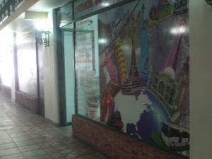 Local Comercial En Alquiler En Valencia, Avenida Bolivar Norte, Venezuela, VE RAH: 17-2177