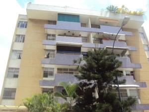 Apartamento En Venta En Caracas, Los Palos Grandes, Venezuela, VE RAH: 17-2206