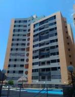 Apartamento En Venta En Municipio Naguanagua, Tazajal, Venezuela, VE RAH: 17-2181