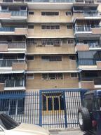 Apartamento En Venta En Caracas, Chacao, Venezuela, VE RAH: 17-2199