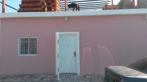Casa En Alquiler En Punto Fijo, Centro, Venezuela, VE RAH: 17-2213