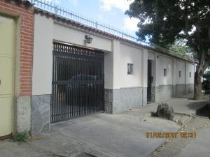 Casa En Venta En Caracas, Santa Monica, Venezuela, VE RAH: 17-2231