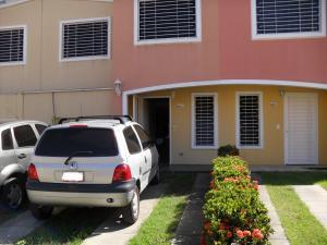 Casa En Venta En Guatire, Estancia Las Margaritas, Venezuela, VE RAH: 17-2292