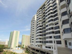 Apartamento En Venta En Parroquia Caraballeda, La Llanada, Venezuela, VE RAH: 17-2263