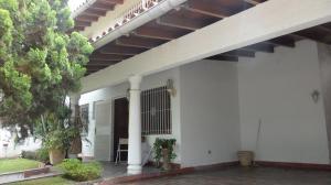 Casa En Venta En Caracas, Colinas De Vista Alegre, Venezuela, VE RAH: 17-2424