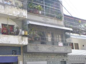 Casa En Venta En Caracas, Parroquia La Candelaria, Venezuela, VE RAH: 17-2406