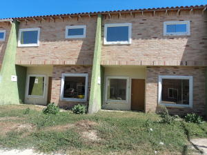 Townhouse En Venta En Maracay, La Morita, Venezuela, VE RAH: 17-2302
