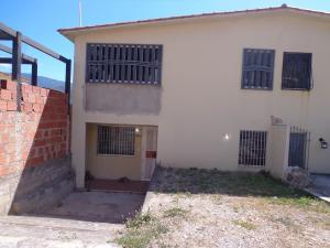 Apartamento En Venta En El Consejo, Terrazas De La Hacienda, Venezuela, VE RAH: 17-2313