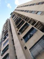 Apartamento En Venta En Caracas, Parroquia Altagracia, Venezuela, VE RAH: 17-2316