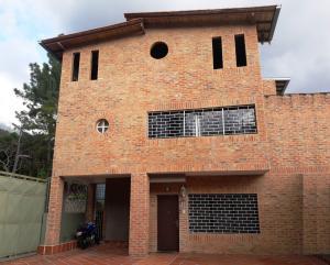Casa En Venta En Caracas, Las Palmas, Venezuela, VE RAH: 17-2298