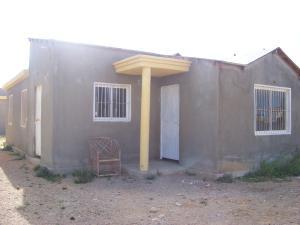 Casa En Venta En Punto Fijo, Puerta Maraven, Venezuela, VE RAH: 17-997