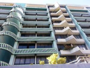 Apartamento En Venta En Caracas, Las Esmeraldas, Venezuela, VE RAH: 17-2363