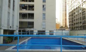 En Venta En Caracas - Parroquia La Candelaria Código FLEX: 17-2368 No.8