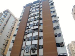 Apartamento En Venta En Maracay, Andres Bello, Venezuela, VE RAH: 16-5629