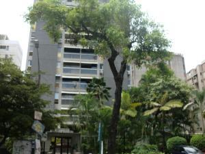 Apartamento En Venta En Caracas, Santa Fe Norte, Venezuela, VE RAH: 17-3111