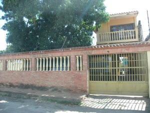 Casa En Venta En Higuerote, Higuerote, Venezuela, VE RAH: 17-2398