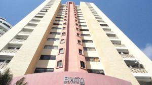 Apartamento En Venta En Valencia, El Parral, Venezuela, VE RAH: 17-2402