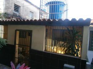 Casa En Venta En Valencia, La Isabelica, Venezuela, VE RAH: 17-2415
