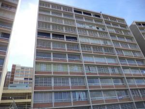 Apartamento En Venta En Caracas, El Encantado, Venezuela, VE RAH: 17-2435